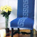 вязаные чехлы на стулья и табуреты интерьер идеи