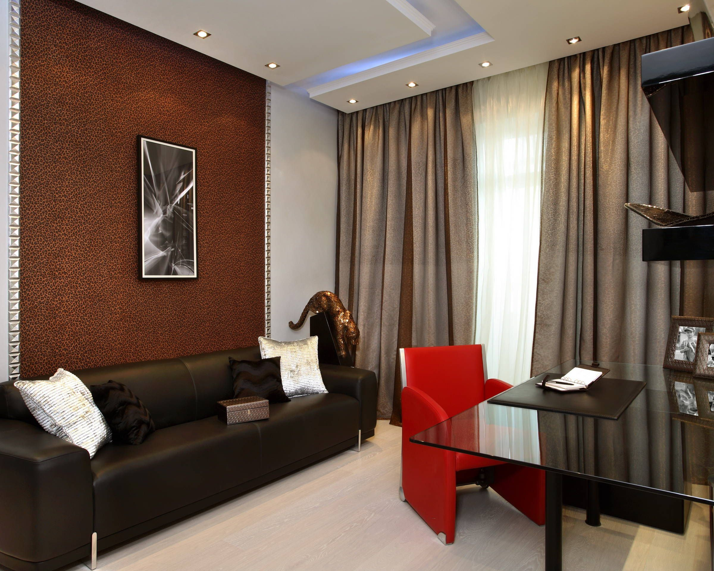 коричневые шторы фото интерьер