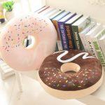 подушка пончик декор идеи