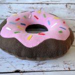 подушка пончик фото декора