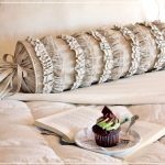 подушка валик фото дизайна