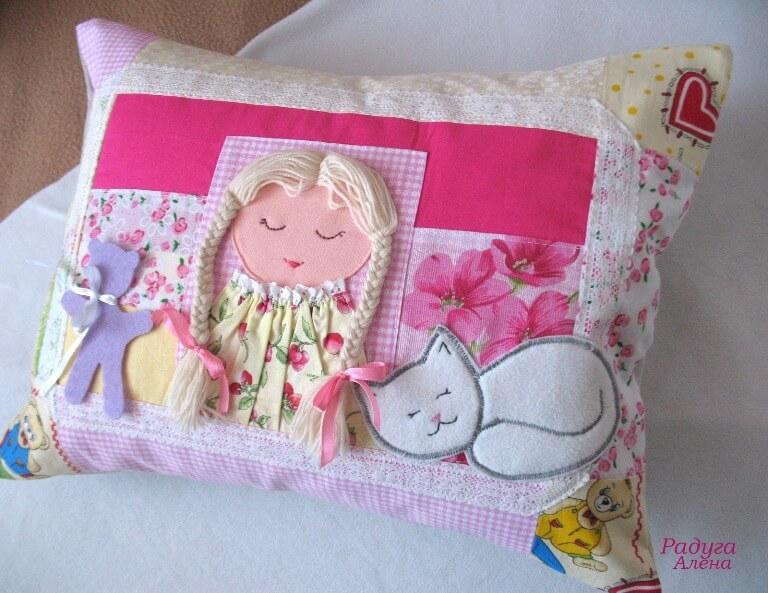 подушки игрушки декор