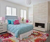 прикроватные классические коврики для спальни фото варианты