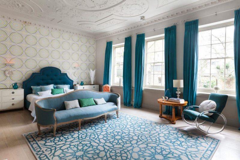 прикроватные классические коврики для спальни идеи фото