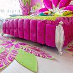прикроватные классические коврики для спальни варианты фото