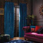синие шторы интерьер идеи