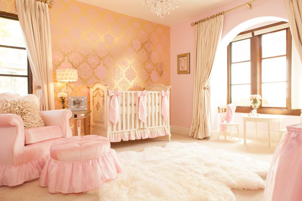 золотые шторы в детской