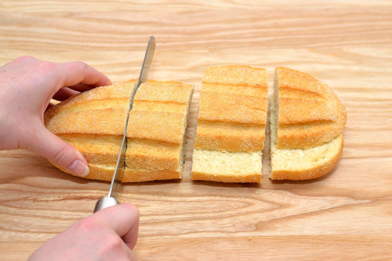 булочный нож