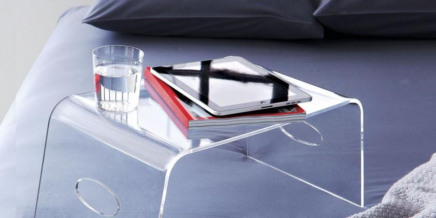 столик для завтрака из стекла