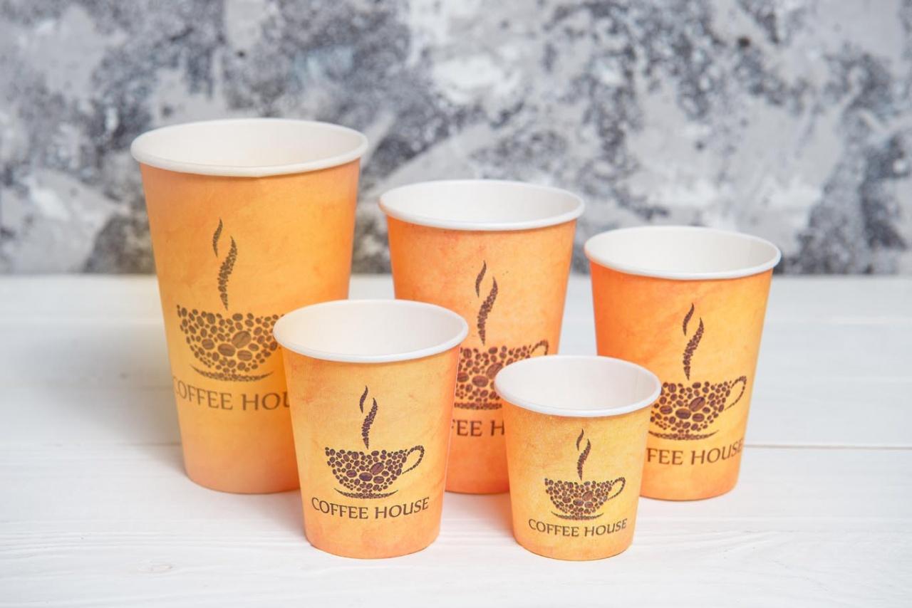 бумажные стаканы для кофе разных размеров