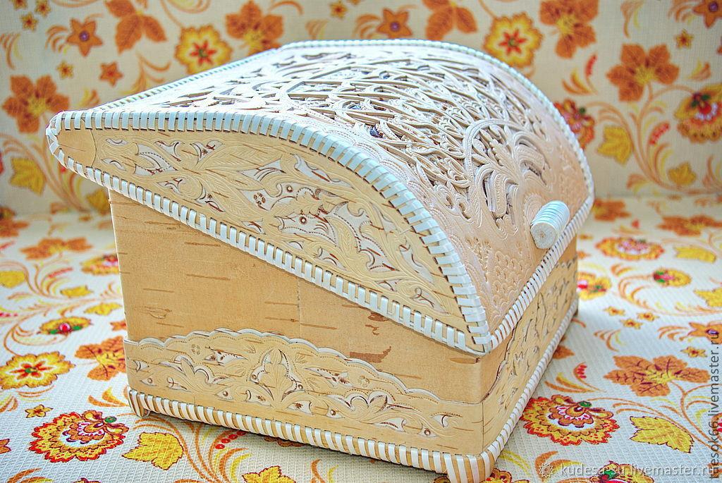 светлая хлебница из бересты