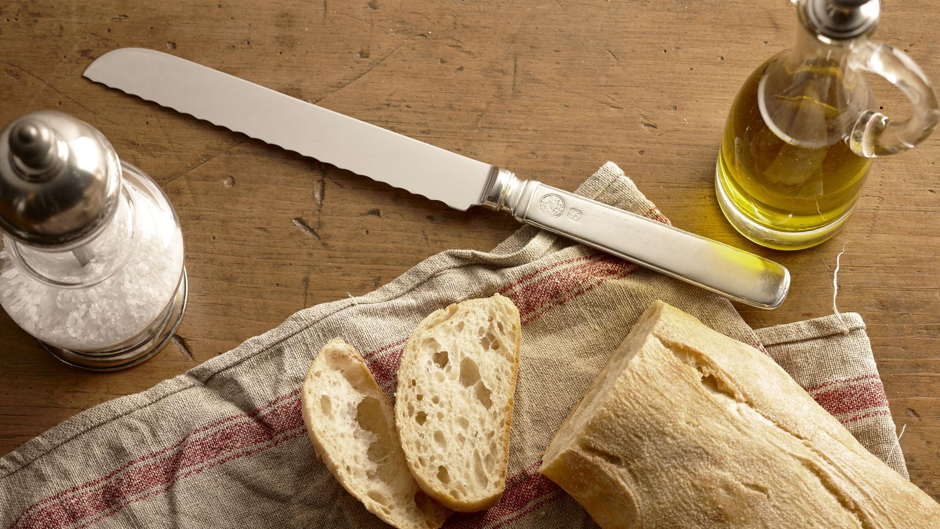 классический нож для хлеба