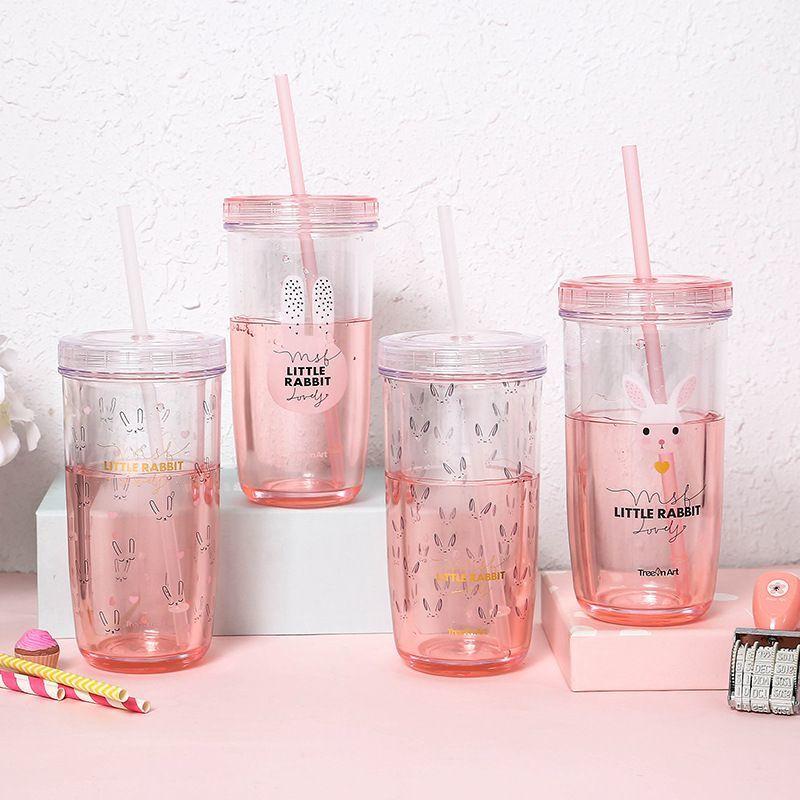 стаканы с крышкой и трубочкой дизайн