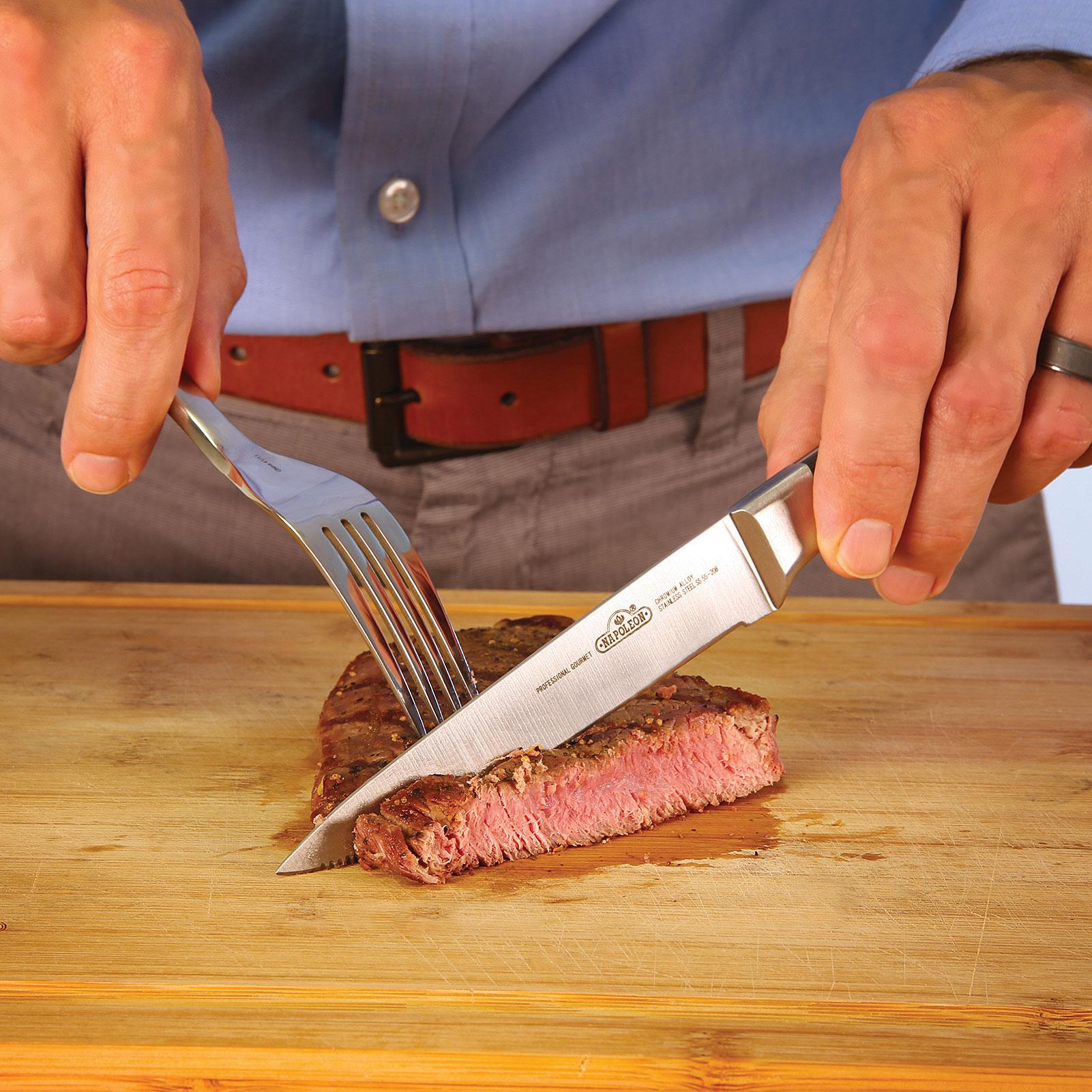 стейковый нож