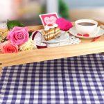 столик для завтрака в постель фото обзоры