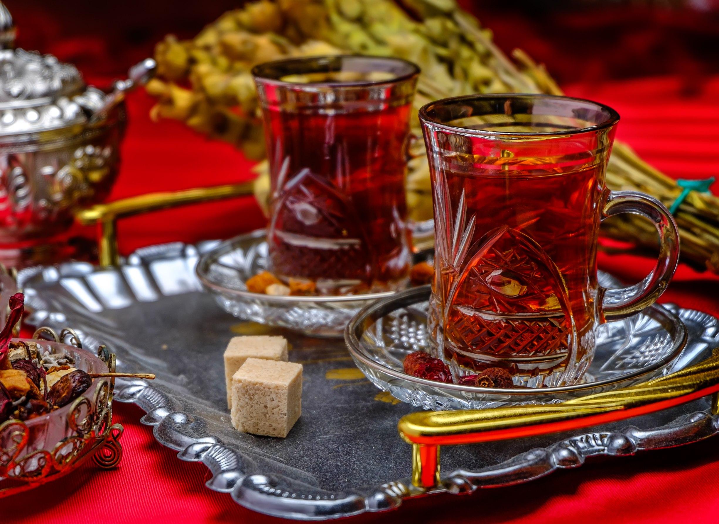 армуды с чаем