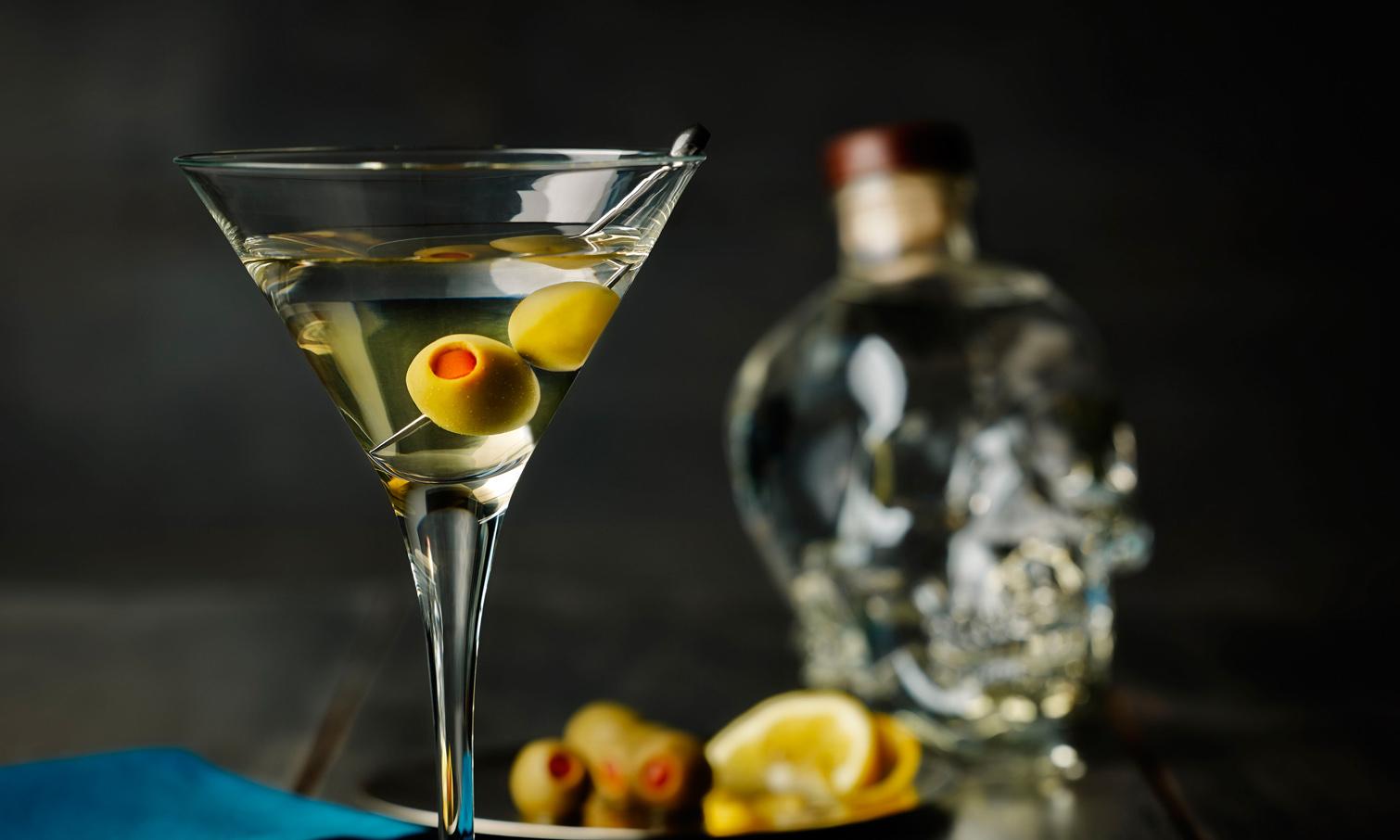 бокал с мартини