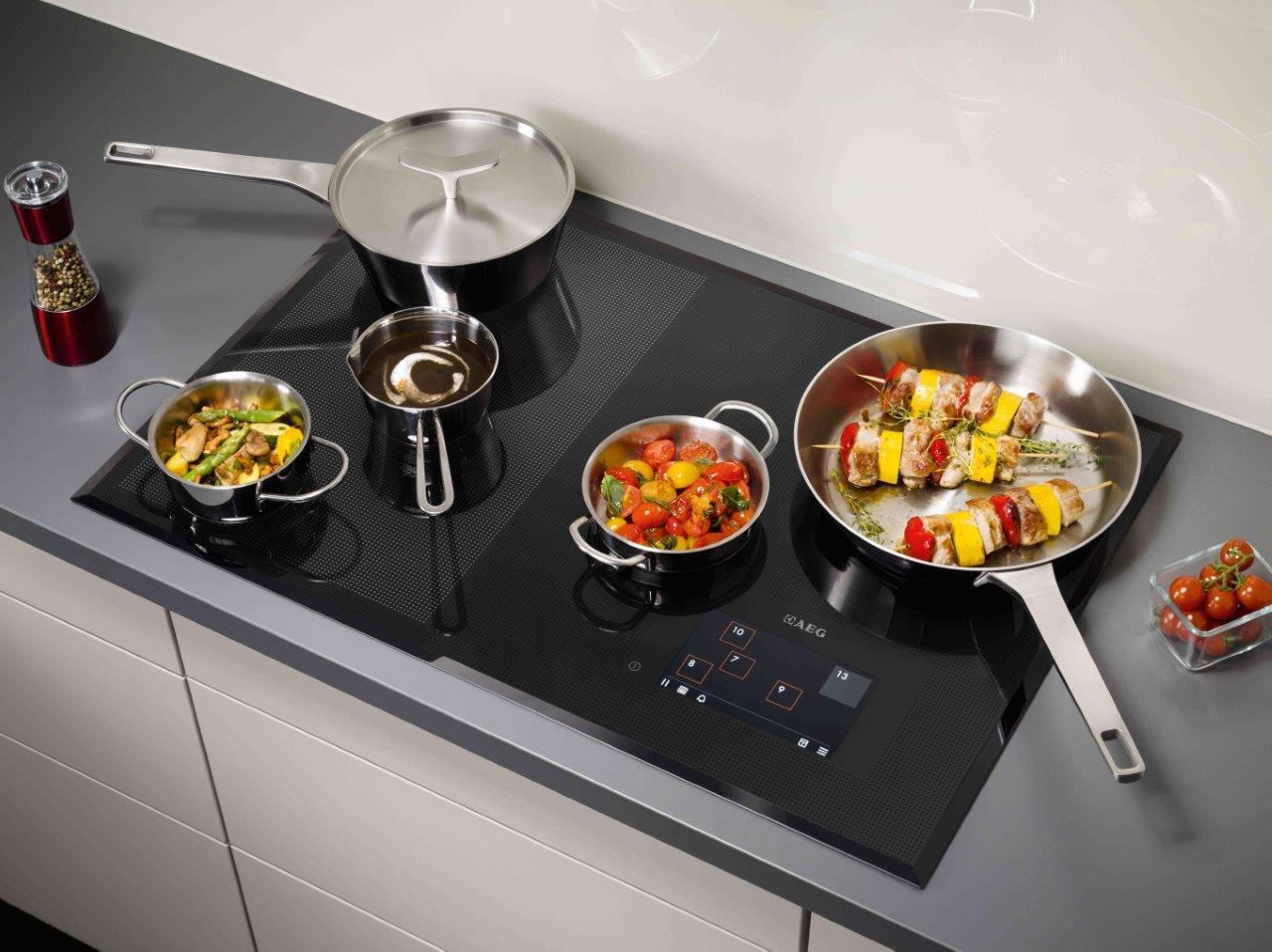 Фото посуды на индукционной плите