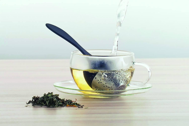 Ситечко для чая в чашке