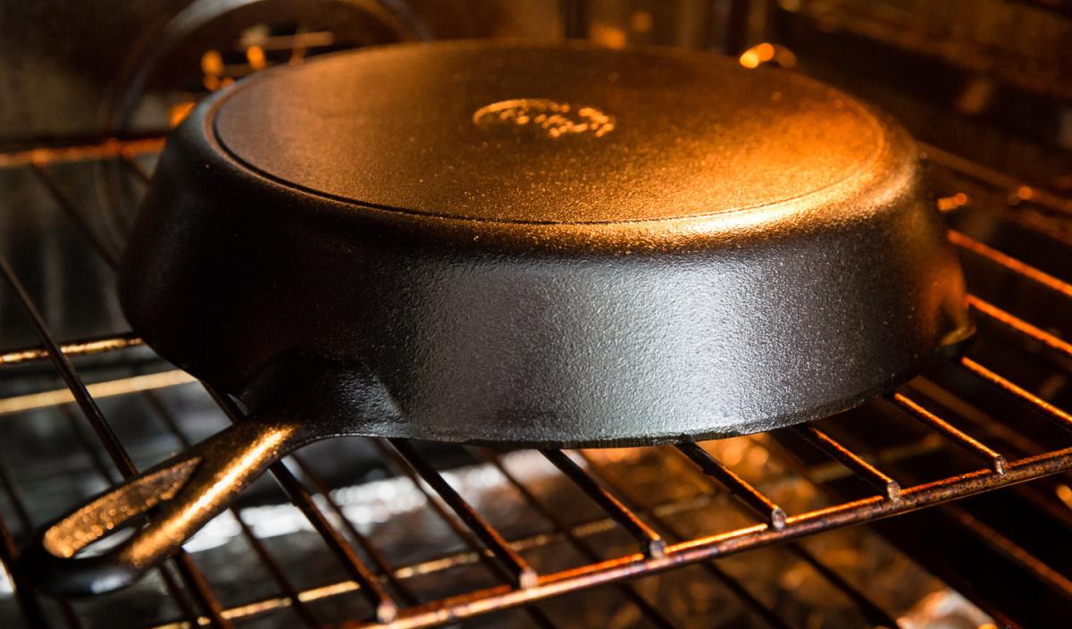сковорода чугунная в духовке