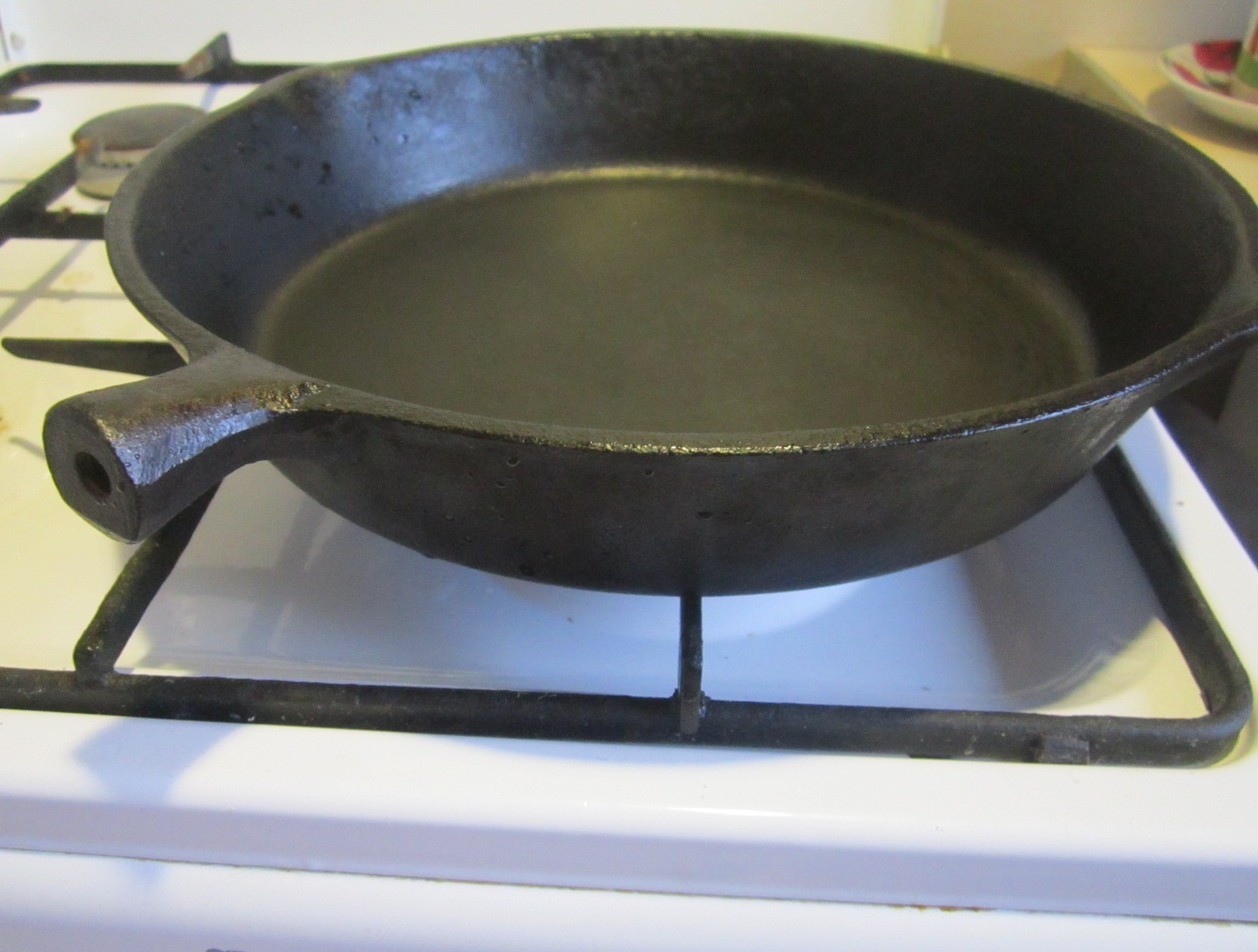 очистка сковороды от заводской смазки