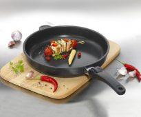 Сковорода универсальная AMT Gastroguss