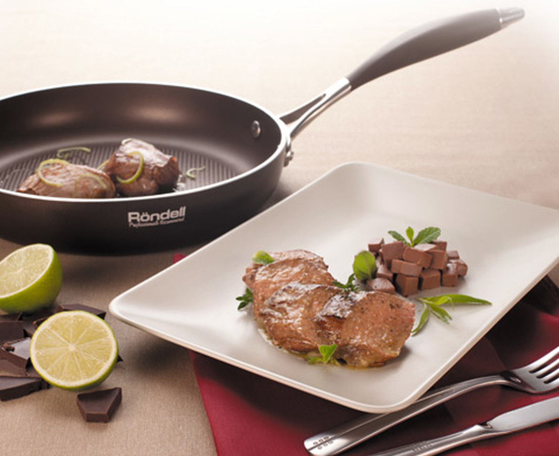 Сковорода Rondell с мясом