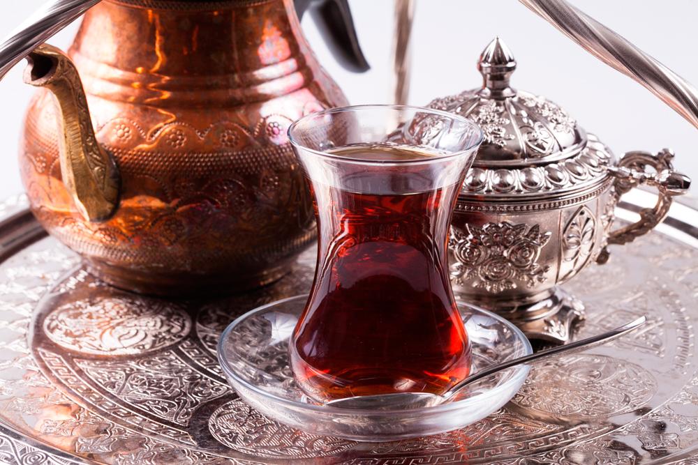 турецкий чай в армудах