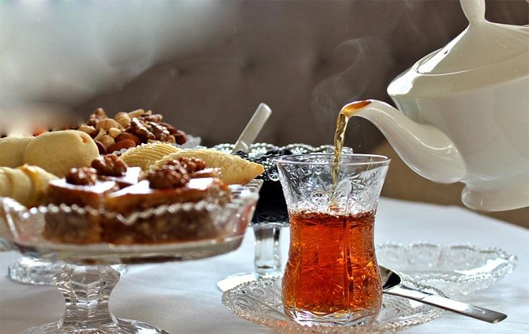 чаепитие из армудов
