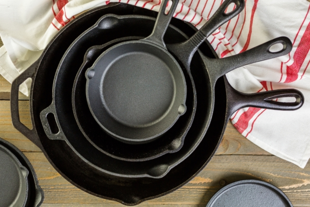 как убрать нагар со сковороды