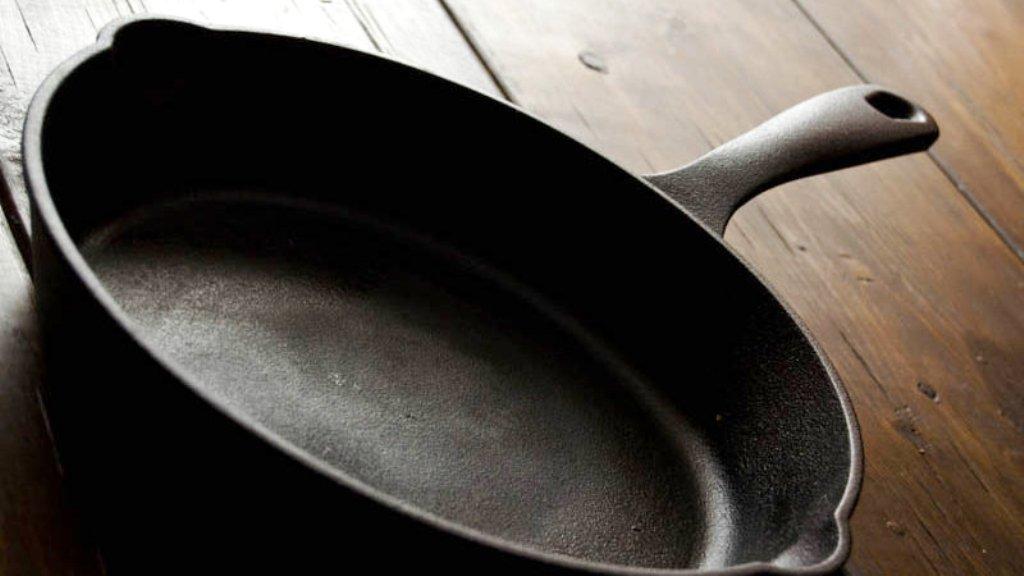 подготовка чугунной сковороды к первому прокаливанию