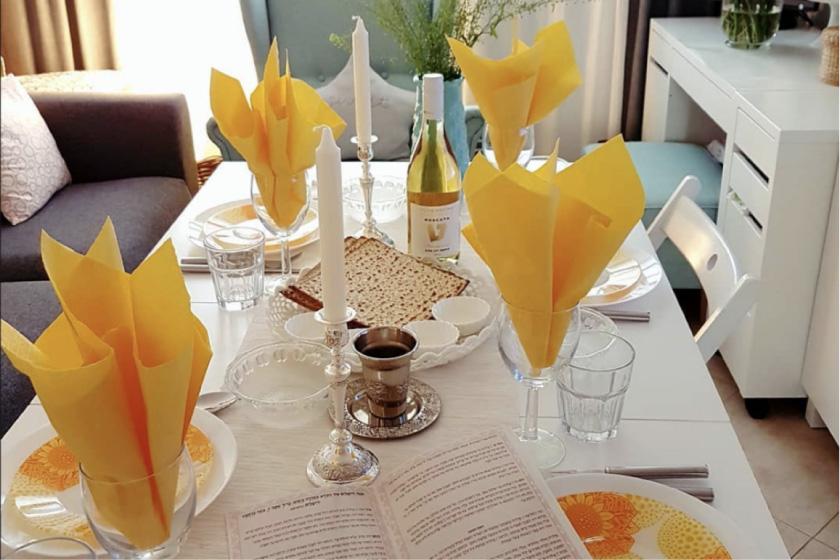 жёлтые салфетки